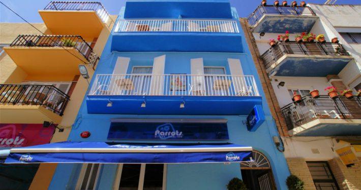 PARROTS SITGES HOTEL 4